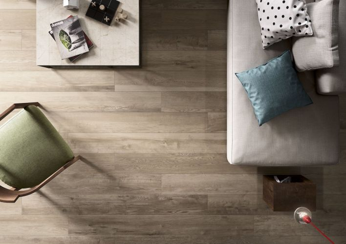 Click to enlarge image italgranitigroup-impronta-my-plank-plank-heritage-rovere-20x180-01-living-particolare-b-definitivo-01.jpeg