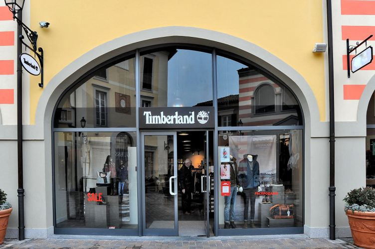 Click to enlarge image timberland-01.jpg