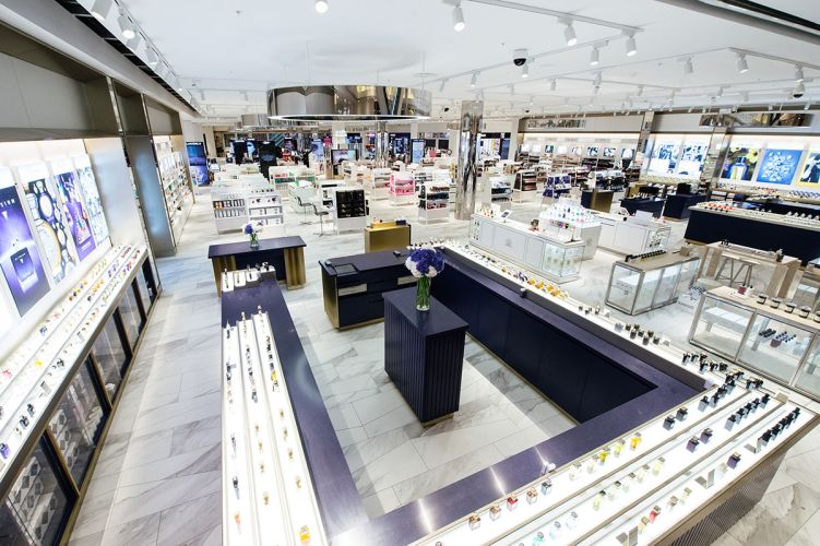 Click to enlarge image selfridges-01.jpg